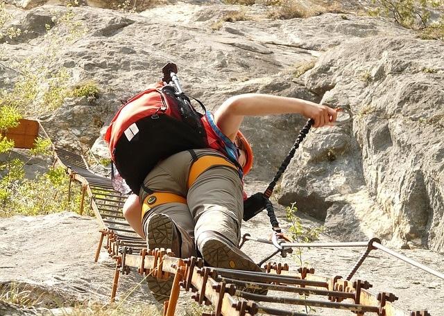 inspirational quotes about goals - climbing a ladder